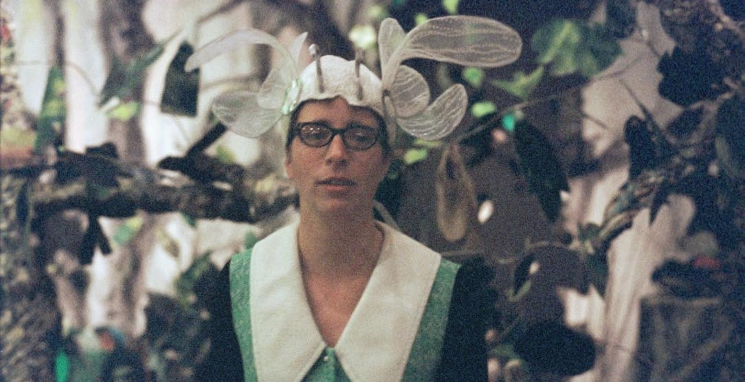 Laura Veirs interview, published in Oh Comely Issue Nine. Photographs by Fiona Essex.